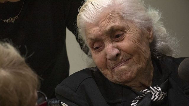 In fading ritual, WWII rescuer reunited with Jews she saved