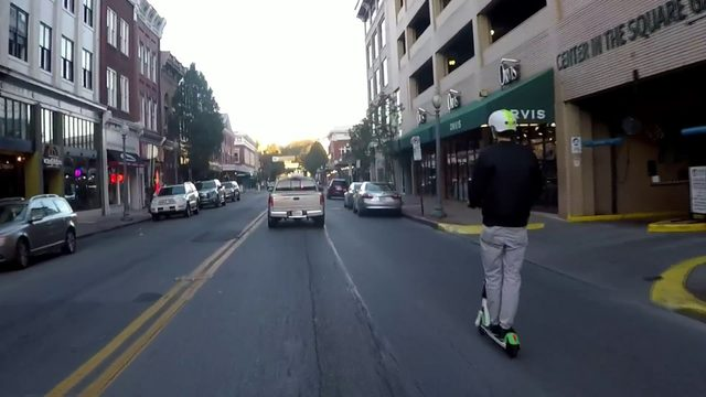 Roanoke police will soon crack down on Lime scooter violations