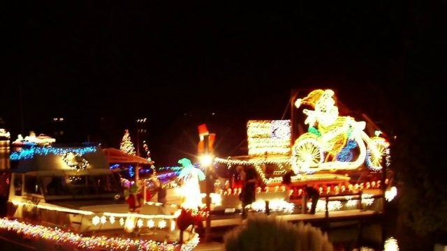Smith Mountain Lake holiday light flotilla and toy drive set for…